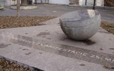 Pamätník sviečkovej manifestácie v r. 1988