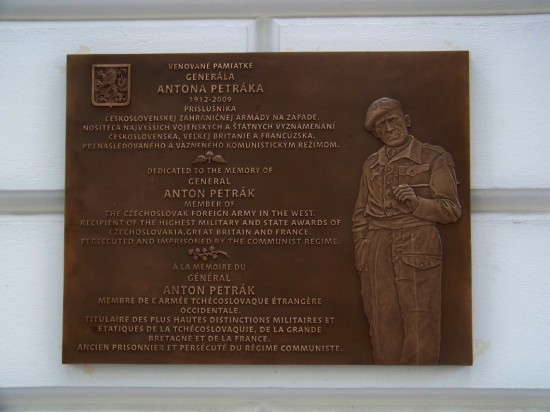 gen. Anton Petrák (1912 – 2009)